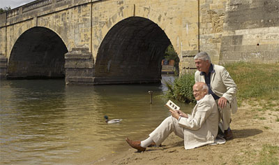 Graham Diprose & Jeff Robins below Wallingford Bridge